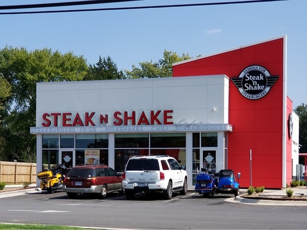 The new Steak and Shake in Greenbrier on Highway 65