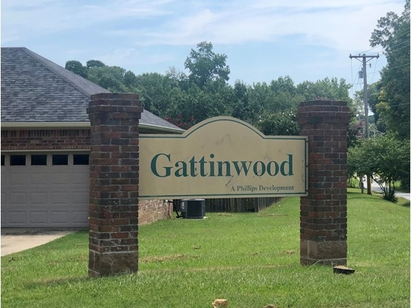 Entrance to Gattinwood Subdivision in Benton, located in Saline County