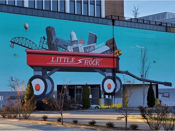 Little Rock mural on Main Street