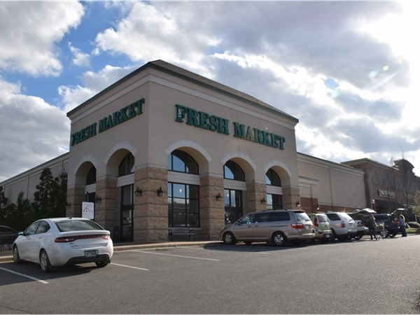 Fresh Market, located in the Pleasant Ridge Town Center, is a favorite fresh grocery in Little Rock