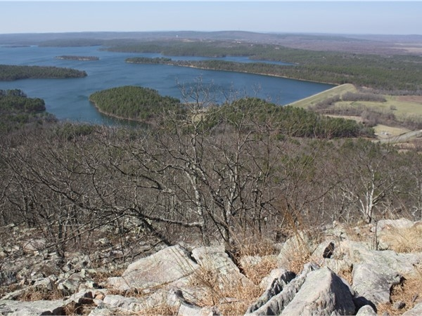 Pinnacle Mountain State Park is a short drive away from Chenal Valley, shopping, and scenic views!
