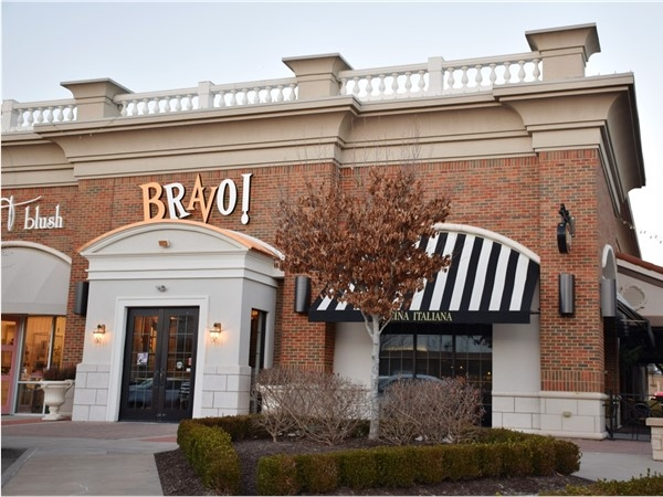BRAVO! at The Promenade in West Little Rock. A great dinner and drinks location for any occasion.